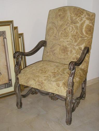 591 armchair